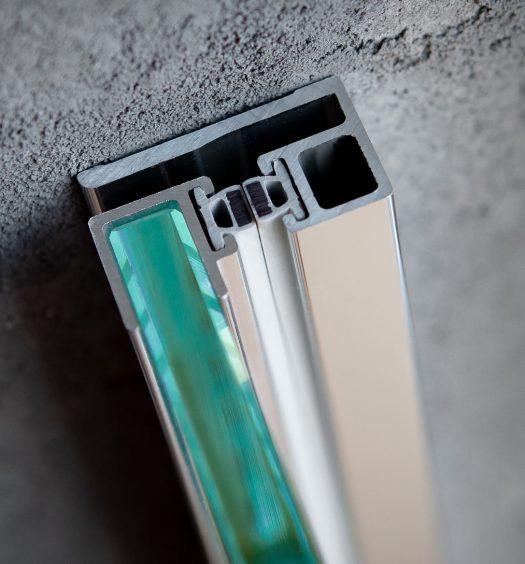 Uszczelnienie szklanych ścian i drzwi – przegląd dostępnych rozwiązań